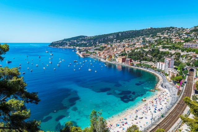 French Riviera: Uniquely Chic