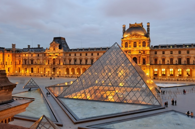 ART OF THE LOUVRE
