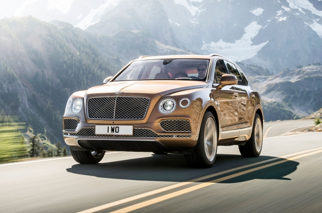 2017 Bentley Bentayga W12 Start Up, Road Test & In Depth Review