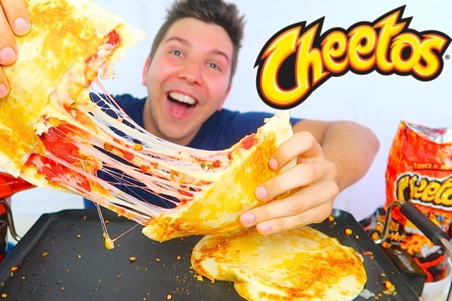 HOT CHEETOS QUESADILLA • Mukbang & Recipe