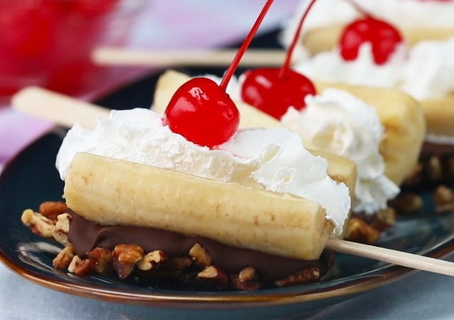 Ultimate Banana Split