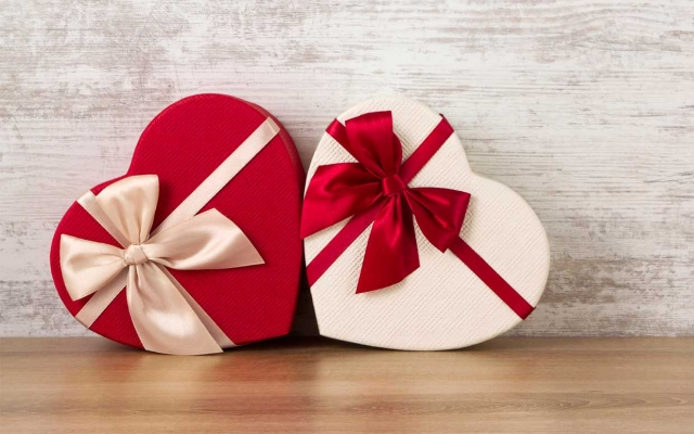 5 Valentine's Day Gifts That Get You Lucky!